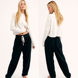 NWT Free People Black Slouch Jogger Pants Sz Small